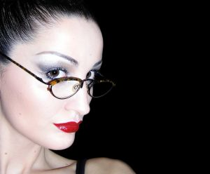486348_glasses_and_red_lips
